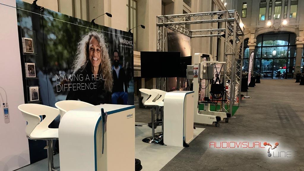 Montaje audiovisual del Simposio de Paraplejia en la Galería de Cristal del Palacio de Cibeles